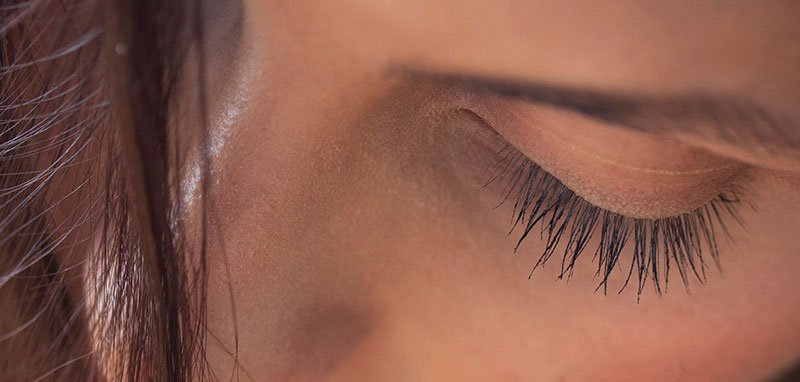 Lash Lift Gone Bad? Lash Lift Risks & Side Effects and How to Avoid Them by artofbeautyacademy.com